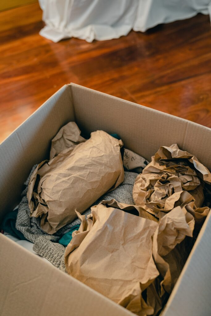 How to properly pack your items for moving house